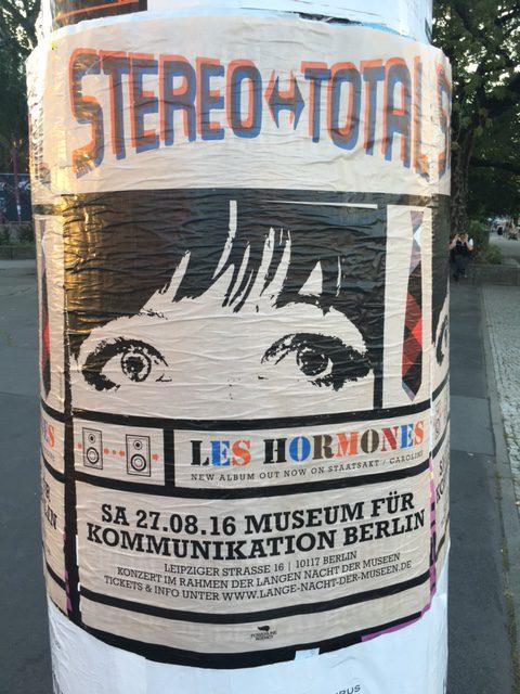 Stereo Total Plakat