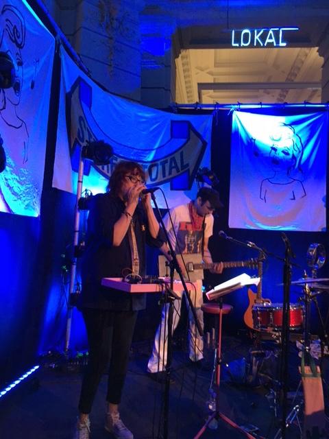 Stereo Total auf der Bühne