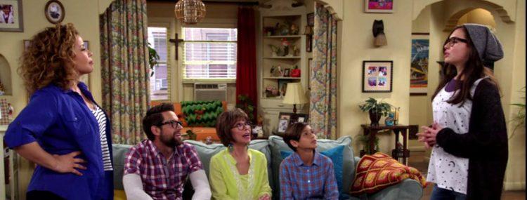 Hier ist Familie Alvarez aus der Netflix-Serie One Day at a Time zu sehen.